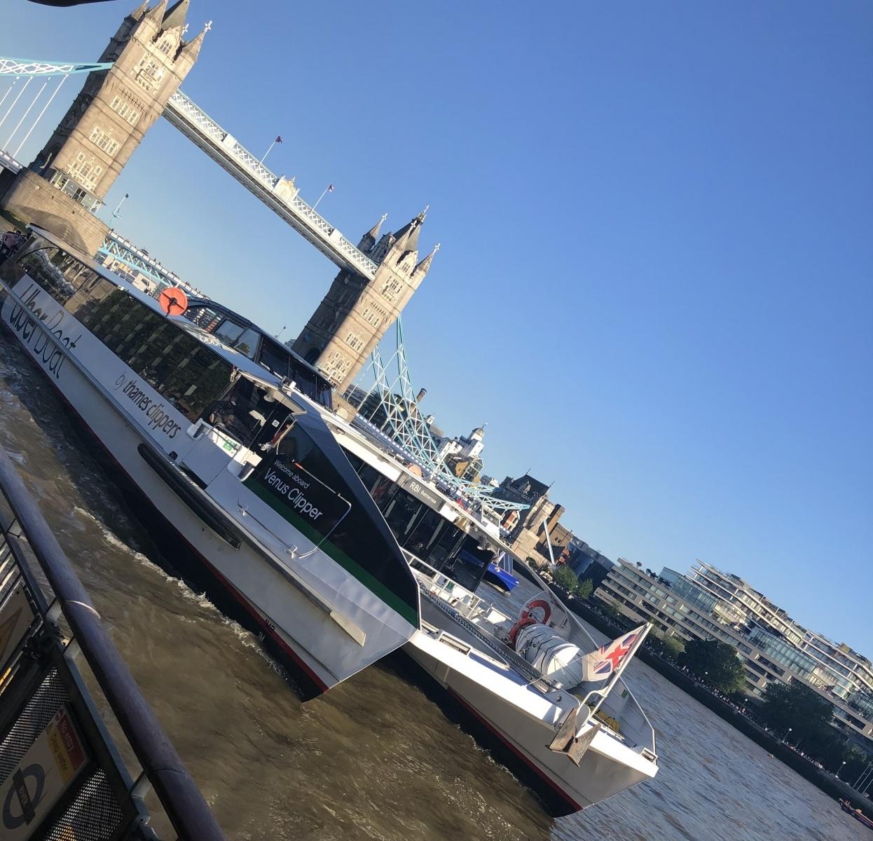 Tower-Bridge-Uber-Boat
